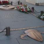 Das Grab des Unbekannten Soldaten unter dem Arc de Triomphe, Photo Michael Reeve, 29 Januar 2004